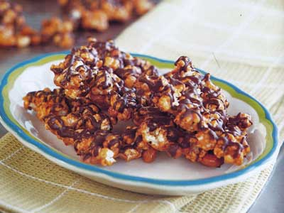 Chocolate-Covered Caramel Popcorn